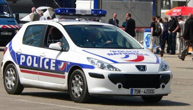 У Франції нападник зарізав людину і ще двох поранив