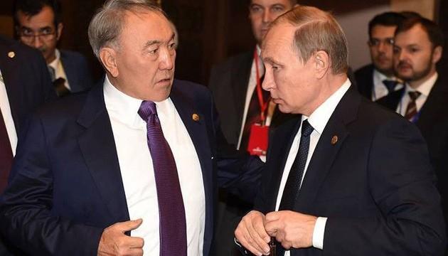 """Як Назарбаєв однією фразою вказав на хворе місце """"нормандського формату"""""""