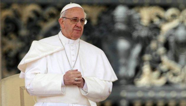 У Польщі через Папу перекрили три автошляхи