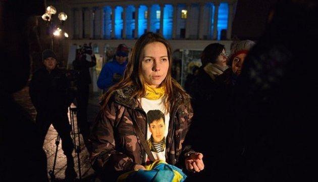 Консули фактично відбили Віру Савченко у прикордонників РФ – адвокат