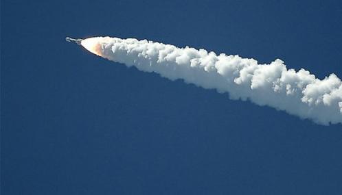 США впервые сбили баллистическую ракету с корабля