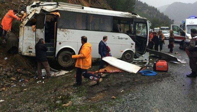 ДТП с туристами в Турции: погибли 3 человека