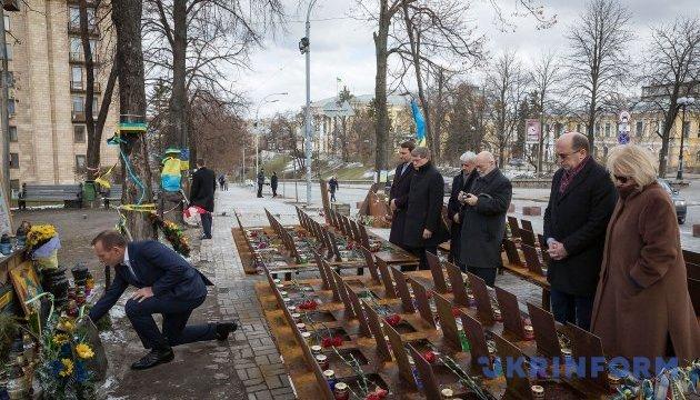 У Києві облаштують пішохідну зону на Алеї Героїв Небесної Сотні