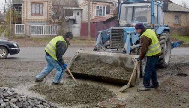 «Таможенный эксперимент» со средствами на ремонт дорог расширят на все области