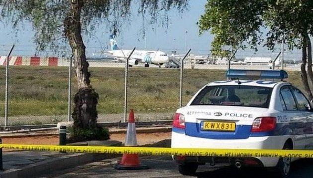 Викрадення літака EgyptAir: Терорист відпустив усіх заручників