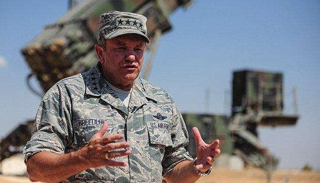 Бридлав призвал готовиться к оборонительной миссии в странах Балтии