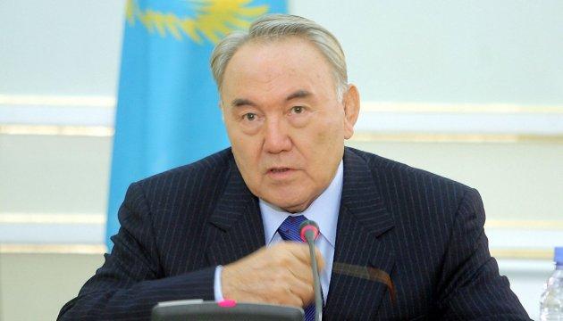 Назарбаєв заявив, що Росія вивезла з Казахстану усі багатства