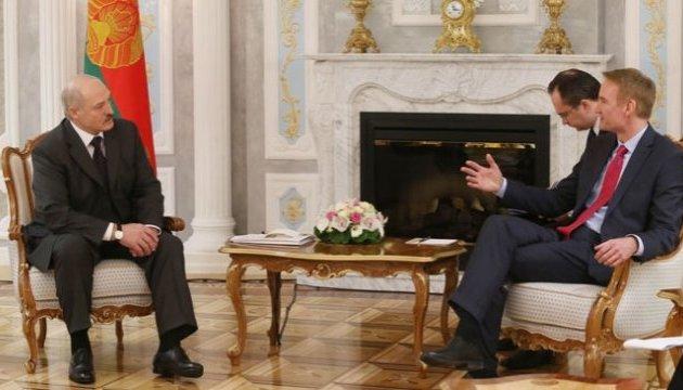 Лукашенко: Тільки США можуть зупинити