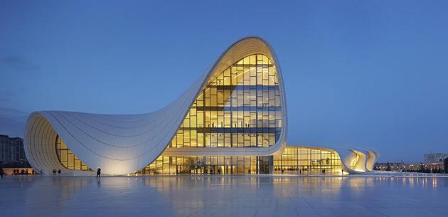 Центр Гейдара Алієва, Баку, 2012 рік Фото: VIEW / REX / Vida Press