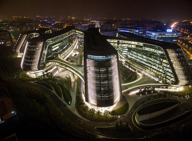 Центр Sky SOHO у Шанхаї, 2014 рік Фото: Zhu Yushuai / insight media / Press Vida