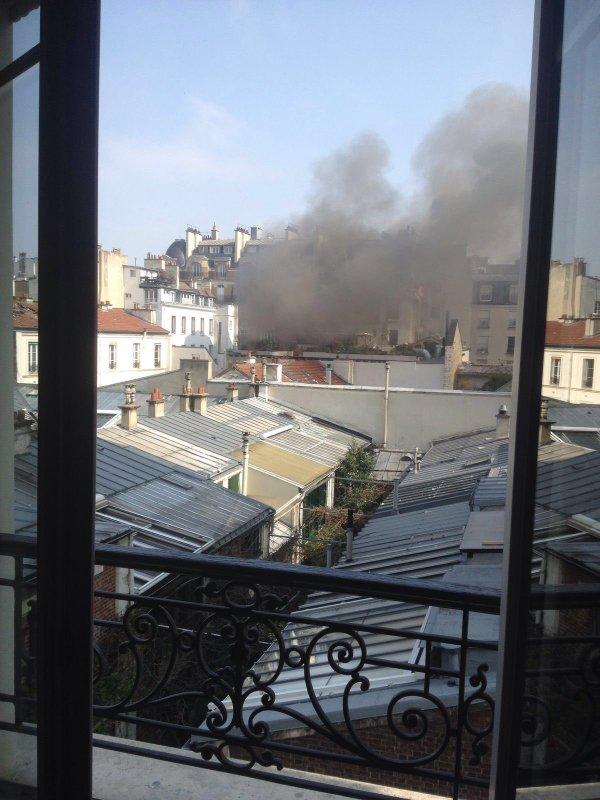 Взрыв в Париже фото: Твиттер
