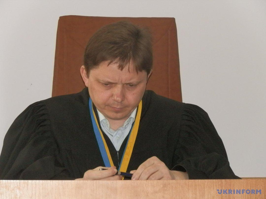 Судья Андрей Лутай
