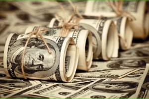 Аналитики прогнозируют незначительное снижение доллара к гривне
