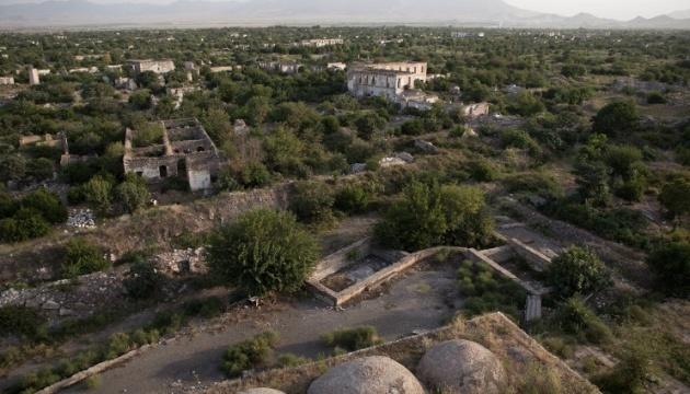 В Азербайджані та Вірменії провели засідання Радбезів через ситуацію в Карабаху
