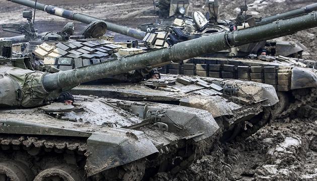 Полторак каже, що на Донбасі - 700 російських танків