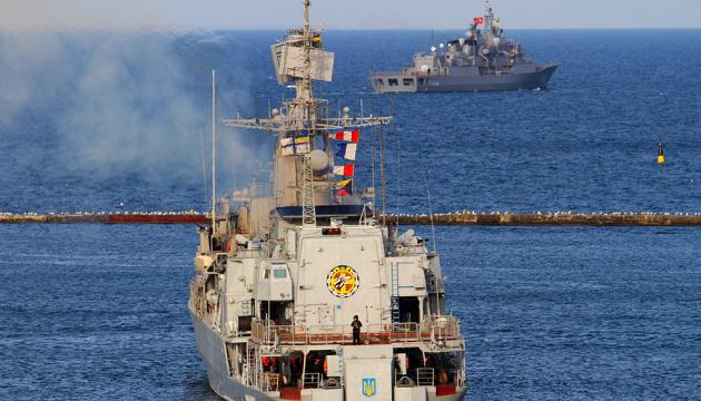 """На фрегаті """"Гетьман Сагайдачний"""" через COVID-19 у військового розгорнули ізолятор"""