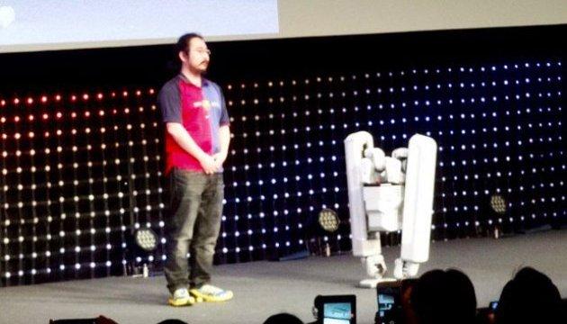 Японці презентували стійкого двоногого робота