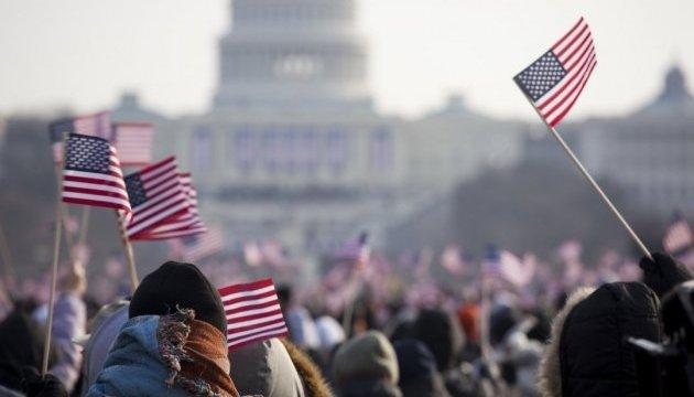 Опитування в США не виявило явних фаворитів у президентських перегонах