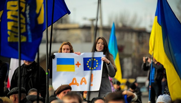 Foreign ministers of 12 European countries offer to grant Ukraine visa-free regime immediately