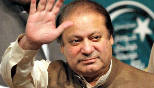 Екс-прем'єр Пакистану оскаржить свою відставку