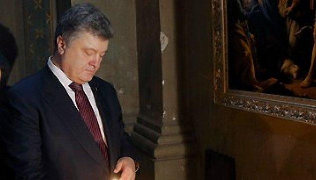 Staatschef betet für Sieg und Frieden