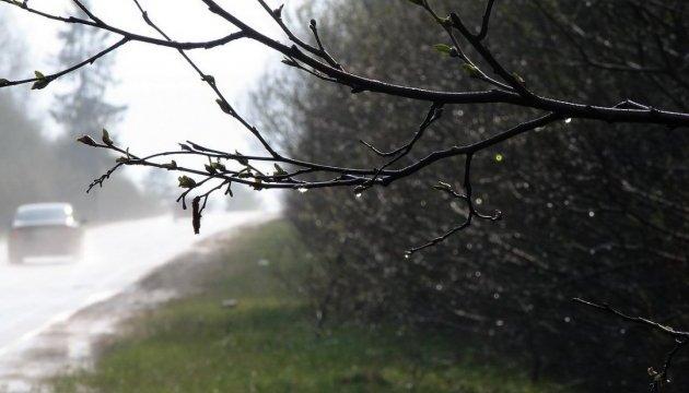 В Україні завтра хмарно й невеликий дощ