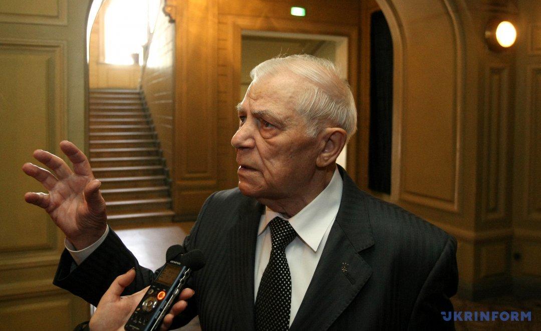 Анатолій Мокренко