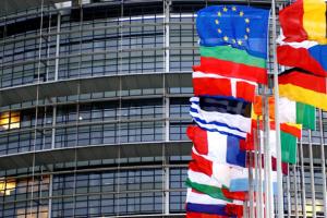 Еврокомиссия заявляет, что эффективно сдерживает коронавирус