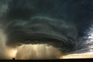 В Штатах спрогнозировали смертельные торнадо в центре страны