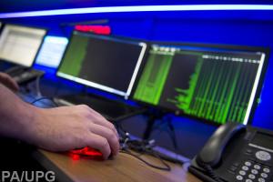 Кібератака вивела з ладу низку АЗС у Тегерані