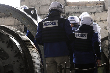 OSCE SMM recorded almost 100 ceasefire violations in Donbas over weekend
