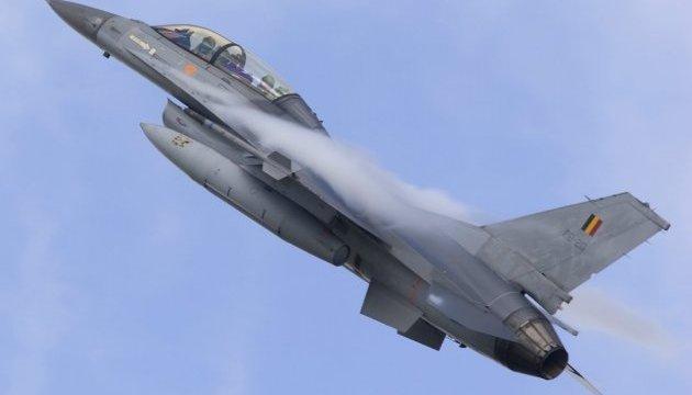 Бельгійський винищувач F-16 розбився під час навчань у Нідерландах - ЗМІ