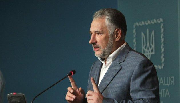 Pavlo Zhebrivski estime que la Russie a changé de tactique dans le Donbass
