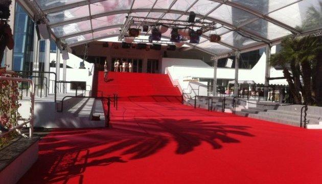 На Каннському кінофестивалі заборонили селфі на червоній доріжці