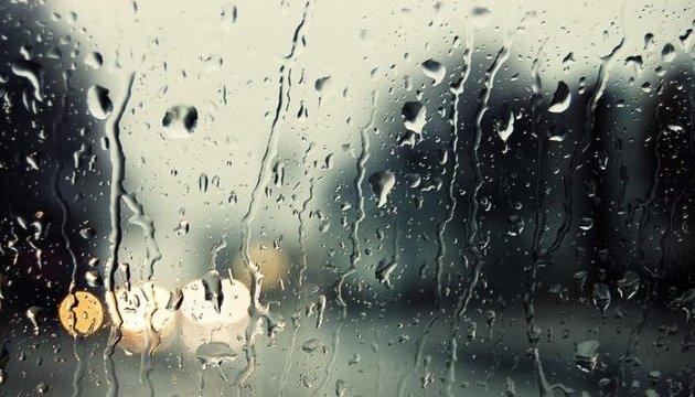 На п'ятницю синоптики обіцяють невеликі дощі