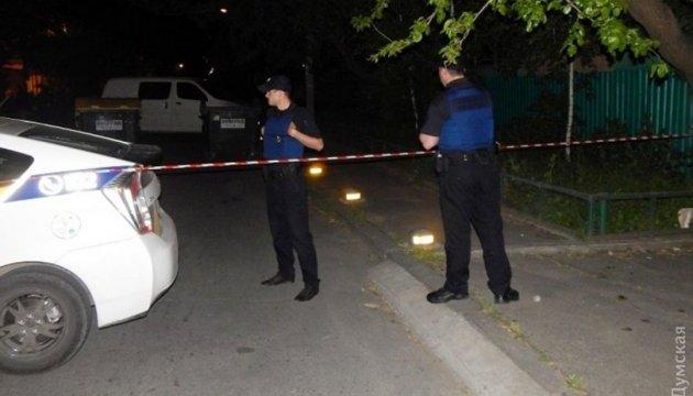 Мешканці вулиці в Одесі, де розстріляли Лексус, не чули пострілів