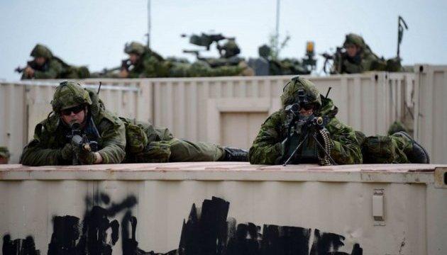 Британия и Эмираты проводят совместные военные учения