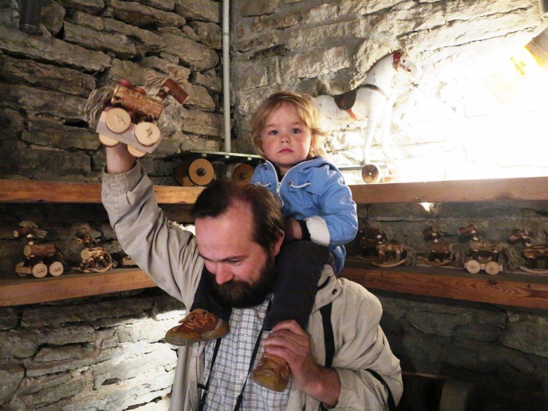 На відкриття Музею приїхав з родиною латвійський українець Володимир Іваницький