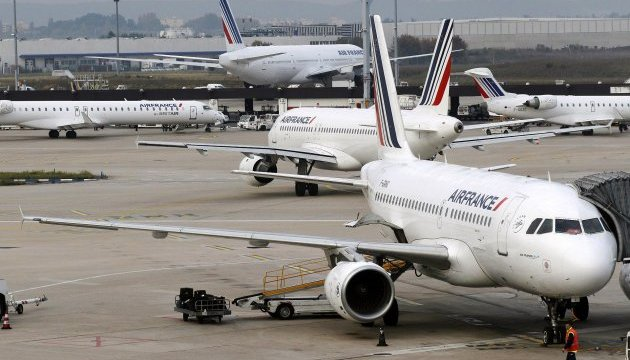 Пілоти Air France оголосили страйк на Євро-2016