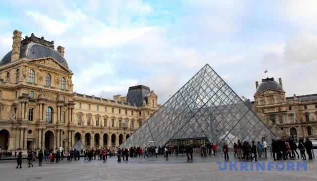 Лувр втратив 10 млн євро