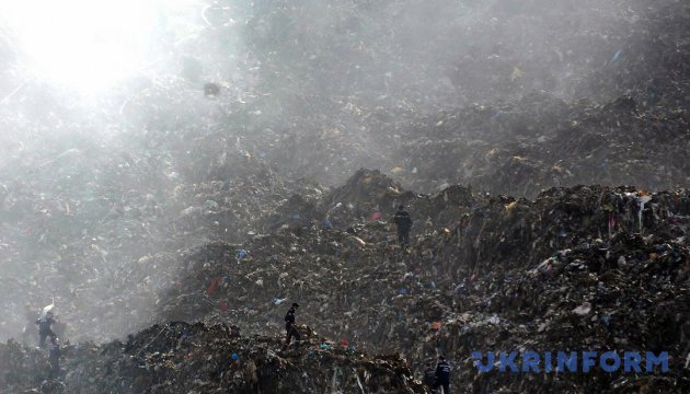 У Житомирі визначать, чи шкідливе львівське сміття