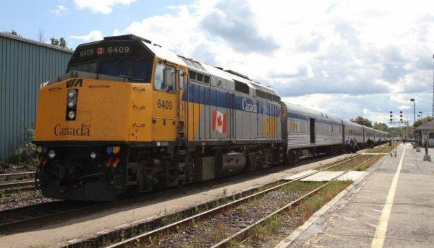 В Канаде авария остановила движение поездов между крупнейшими городами