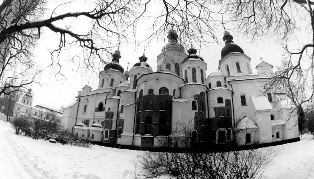 Украину в прошлом году посетили 14,6 миллиона иностранных туристов
