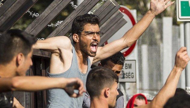 Німецькі популісти хочуть виселити мігрантів на острови