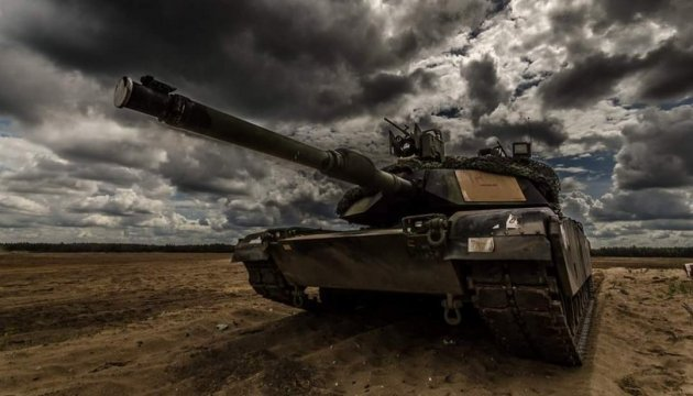 Батальйон НАТО перекидає до Литви військову техніку