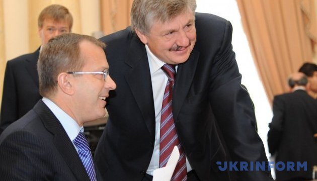 Генпрокуратура прийшла з обшуками до Клюєва і Сівковича
