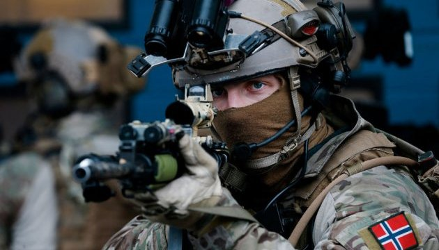 Парламент Норвегії схвалив відправку військових до Сирії