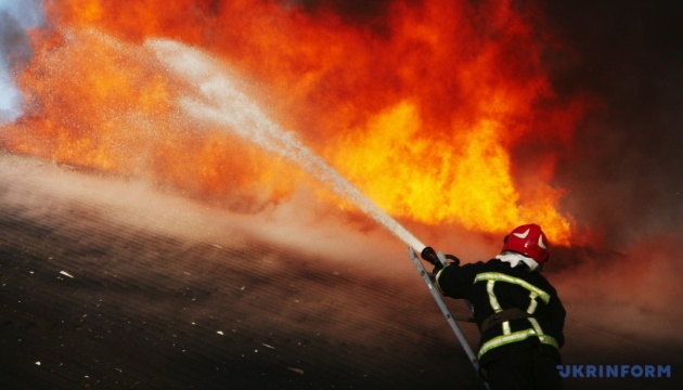 Emergencies official: firefighters putting off fire at waste landfill in Kyiv region