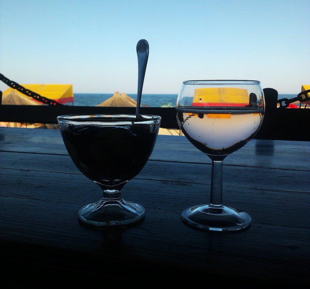 Уютный вечер на терессе ресторана