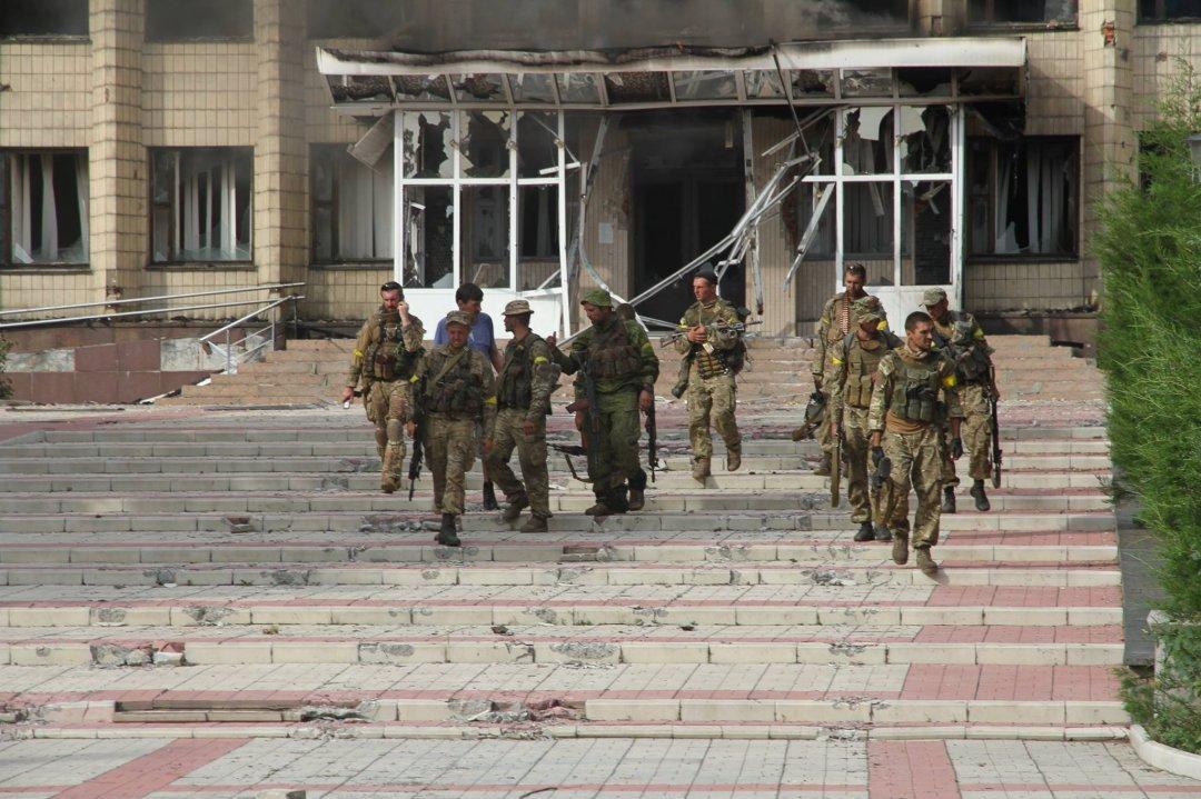 Спецназівці після відбиття нападу бойовиків